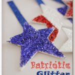 Patriotic Glitter Stars {4th of July Crafts}