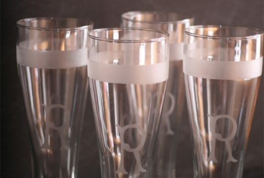 Personalized Beer Glasses {Homemade Gifts}