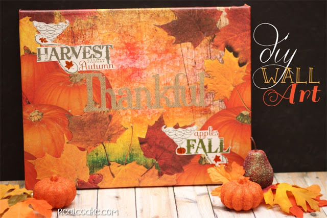 Beautiful, easy to create and inexpensive DIY wall art - perfect for each Thanksgiving decorations