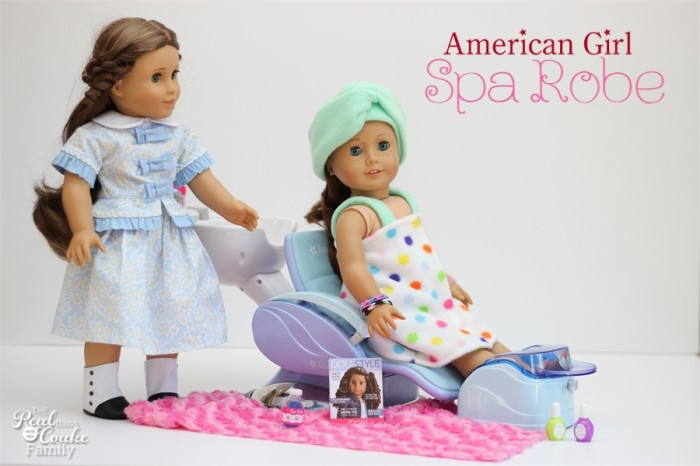 Adorable and easy American Girl Doll Patterns to make a spa robe and head wrap. #AmericanGirlDoll #AGDoll #Sewing #Pattern #RealCoake