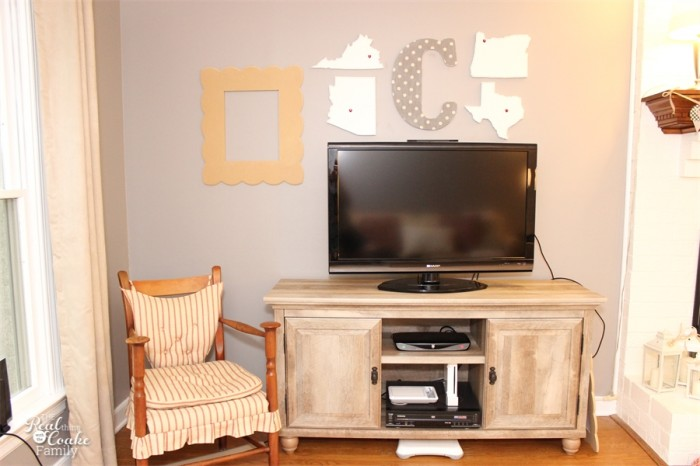 Living Room Ideas - simple ways to update your home decor and have a more polished, designer look. #homedecor #interiordesign #livingroom #realcoake