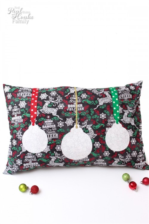 love this adorable diy sewing pattern to make christmas decorative pillows totally need to make - Christmas Decorative Pillows