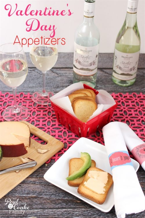 Simple and healthy Valentine's Day Appetizers ideas. Great idea for a Valentine's Day date after the kids go to bed. Sponsored