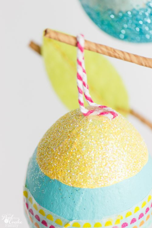 OMG these are the cutest Crafts for Kids and the whole family! Make these adorable, fun and glittery eggs that can then be used in my Easter home decor. Fun!