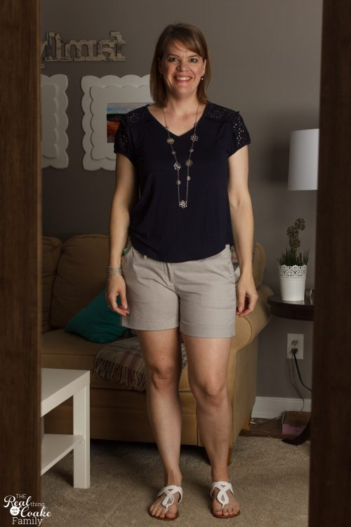 I love this Stitch Fix Review! She keeps it real and has great summer outfits. Cute style and summer fashion.