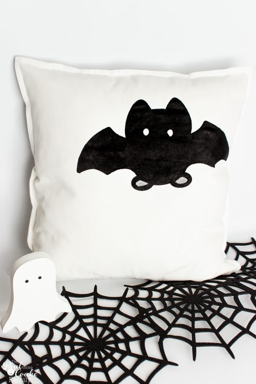 Go Batty For These Cute Halloween Decorative Pillows Classy Halloween Pillows Decorations