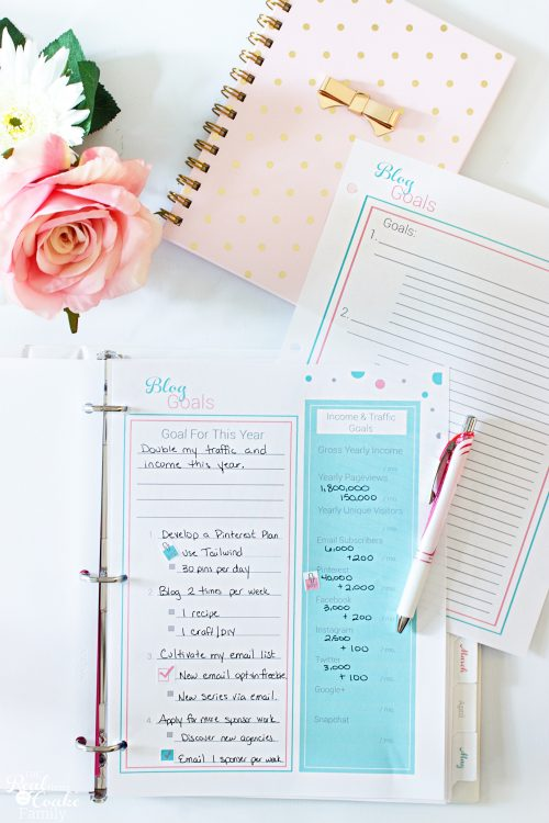 This is such a great printable blog planner for 2016 and 2017! It has so many great organization tools like an editorial calendar and social media calendar. I love the cute printable stickers, too!