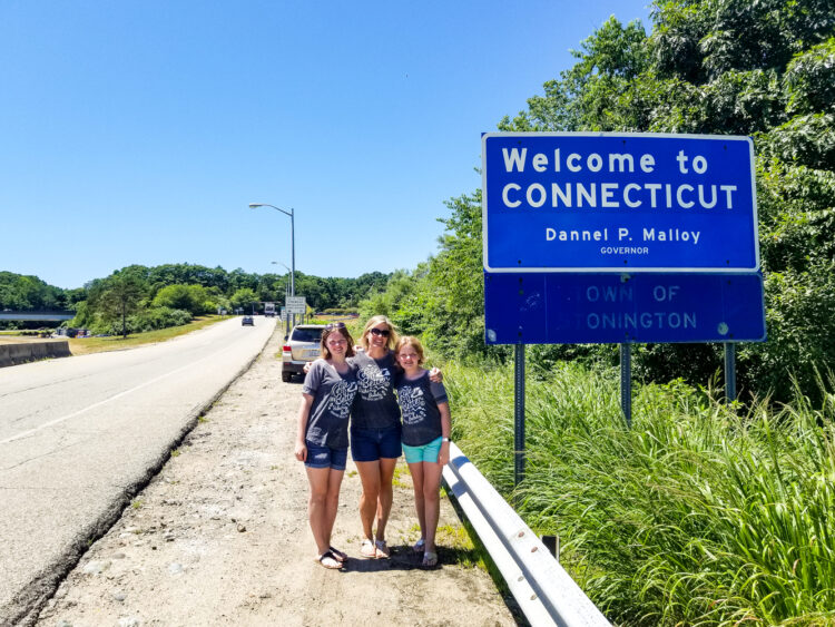 Connecticut state line picture