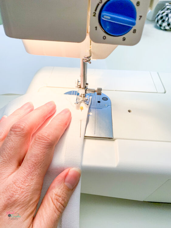 sewing 1/2 inch seam into back panel